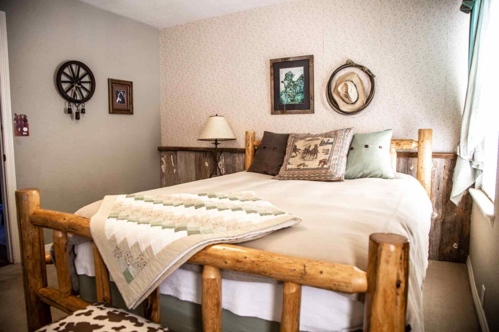 Colorado Mountain Towns Have Great B&Bs - Miners Pick in Idaho Springs